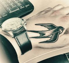 Swallow hand