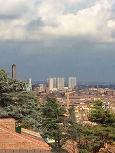 Bologna, Finalmente una schiarita ... da Via dell'Osservanza