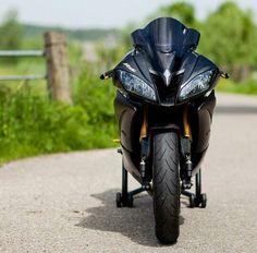 Yamaha R6 - SPEED