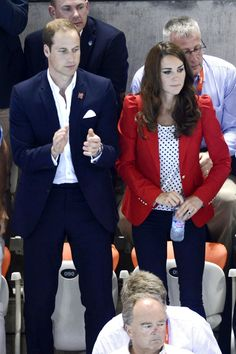 Watching the women's 800m freestyle, in which Rebecca Adlington won the bronze medal, with Prince William at the London 2012 aquatics centre.
