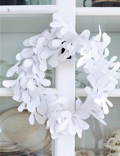 DIY - white paper wreath (plus 7 others via sweet Paul mag