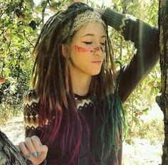 girl, nature et color image sur We Heart It