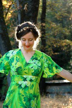 Vintage Hawaiian Maxidress// Green Hawaiian Dress// by AstralBoutique, $38.00