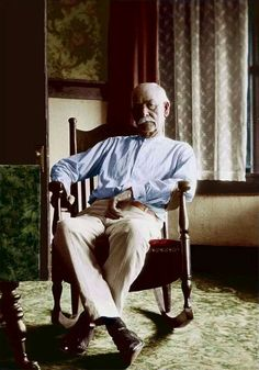 A colorized photo of Wyatt Earp taken in 1923