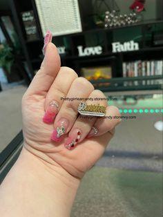 One Finger ring . Visit my website prettygirrlearcandy.storenvy.com