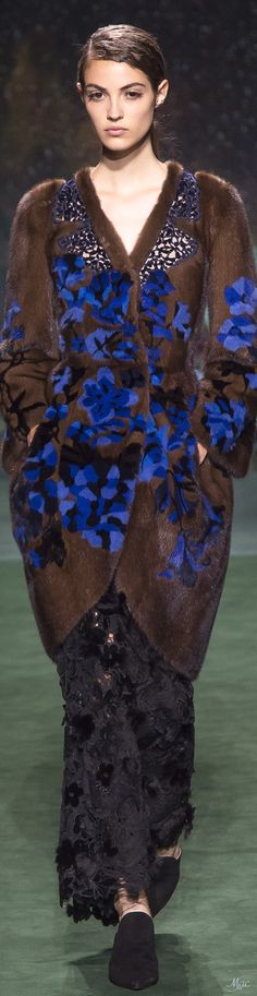 Fall 2017 Haute Couture Fendi