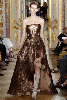 Sfilata J. Mendel Parigi - Alta Moda Autunno-Inverno 2016-17 - Vogue