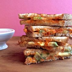 Sriracha Grilled Cheese with Ranch Dipping Sauce #vegan