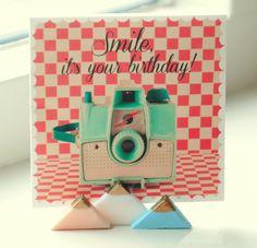 Petite-amie fotohouders van fimo klei. Maak gemakkelijk zelf deze fotohouders om foto's of kaartjes een mooi plekje te geven.