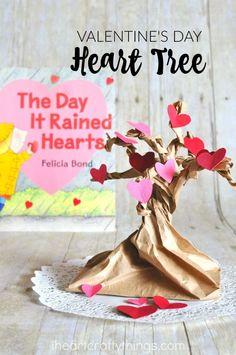 Pretty Valentine Heart Tree Craft that goes along with the book The Day it Rained Hearts. Fun Valentine's Day Craft for kids, preschool book craft and book inspired children's craft. Valentine Tree, Valentine Activities, Valentine Crafts For Kids, Valentines, Valentine's Day Crafts For Kids, Diy For Kids, Tree Crafts, Book Crafts, Creative Activities For Kids