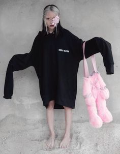 i hate myself and i love teddy bears Weird Fashion, Dark Fashion, Cute Fashion, Womens Fashion, Fashion Trends, Goth Kids, Future Photos, Figure Poses, Popular People