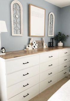 a large sideboard made of several Malm dressers with black handles and a .a large sideboard made of several Malm chests of drawers with black handles and a . - a large sideboard made of Ikea Hack Bedroom, Ikea Dresser Hack, Bedroom Dressers, Bedroom Decor, Dresser Ideas, Ikea Malm Drawers, Living Room Dresser, Ikea Malm Bed, Ikea Nordli