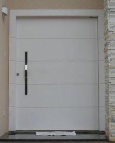 Image from http://www.jcmadeiras.com.br/imagens/esquadrias-de-aluminio-sob-medida/PORTA-PIVOTANTE-GLOBELEZA-BRANCA-100-210.jpg.