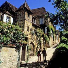 Sarlat-la-Caneda, una villa sacada de una película de época