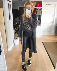 What I Wore This Week - livelovesara. Grey band t-shirt+black leahter pants+black sneakers+grey long cardigan. Spring Casual Outfit 2017