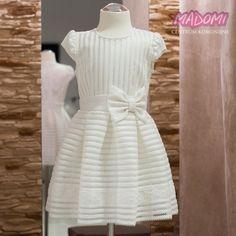 01ef075027 Sukienka wizytowa dziewczęca na przebranie model Gracja Ekskluzywna  sukieneczka w kolorze ecru będzie idealna na przyjęcie