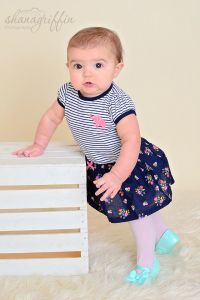 Yesterday I had a 6 month photo shoot and we added a few Valentines Day photos with her big sister at the end. 6 Month Photos, Valentines Day Photos, 6 Month Olds, Old Photos, Photo Sessions, 6 Months, Photoshoot, Photography, Old Pictures