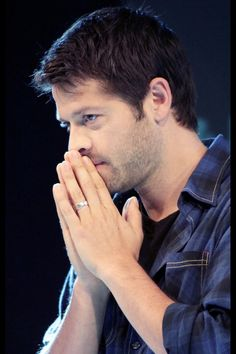 Misha Collins. He has nice hands. <----- this. He so does. Glad I'm not the only one who notices these things.