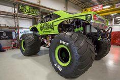 Gas Monkey Garage Monster Truck *COMMANDER CODY* Hot Rod Trucks, Cool Trucks, Big Trucks, Cool Cars, Monster Truck Cars, Monster Mud, Gas Money, Gas Monkey Garage, Jeep Suv