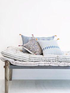 gouttoir mural vaisselle en inox 72x59x22 cm nos. Black Bedroom Furniture Sets. Home Design Ideas