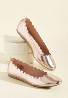 Always Up for Comfort Metallic Flat