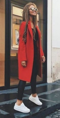 So kombinieren Sie Rot in Ihrer Garderobe Classy Winter Outfits, Trendy Fall Outfits, Cute Spring Outfits, Outfit Winter, Black Outfits, Winter Dress Outfits, Casual Summer Outfits, Formal Winter Outfits, Dinner Outfits