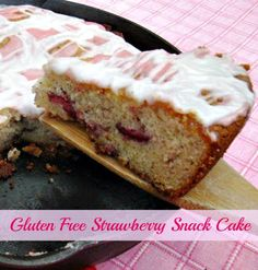 Gluten Free Strawberry Snack Cake | cookingiwthk.net  #gf