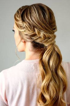 Totally Trendy Prom Hairstyles for 2017 To Look Gorgeous ★ See more: http://glaminati.com/trendy-prom-hairstyles/