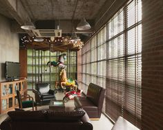 Ogilvy And Mather (Guangzhou, China) Ogilvy & Mather's office interior is designed by M.Moser design company and office theme is The Carnival. Modern Office Design, Contemporary Office, Office Designs, Ogilvy Mather, Office Themes, Office Ideas, Great Place To Work, Rack, Cool Office
