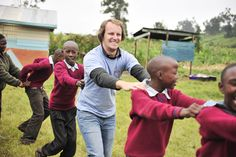Volunteer opportunities in Kenya! Award-winning organization African Impact run and manage wildlife conservation and community development volunteer projects across Kenya. African Impact, Wildlife Conservation, Modern City, Childcare, Kenya, Community, Student, Train, Education