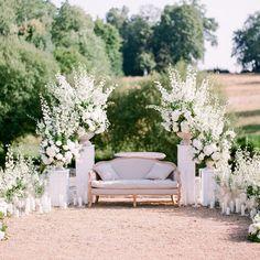 48 ideas garden wedding aisle inspiration for 2019 Wedding Stage, Wedding Ceremony, Our Wedding, Trendy Wedding, Garden Wedding Decorations, Ceremony Decorations, Flowers Decoration, Ceremony Backdrop, Floral Wedding