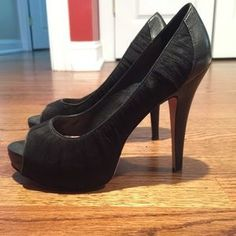 89709dc1d78d Shop Women s Vince Camuto Black size Heels at a discounted price at Poshmark.  Description  Black heels with sheer fabric overlay.