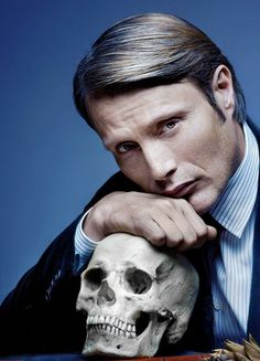 Mads Mikkelsen as Dr Hannibal Lecter Hannibal Series, Nbc Hannibal, Hannibal Lecter, Hannibal Characters, Will Graham, Wow Photo, Sir Anthony Hopkins, Hugh Dancy, Top Gun