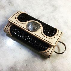 できたーゎーィ♪ヽ(*´∀`)ノ #LeatherCraftl #handmade #レザークラフト #革 #キーケース