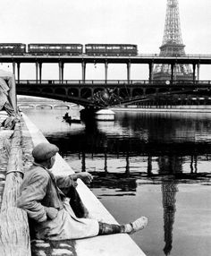 Paris - Pont Bir-Hakeim 1948 Izis Bidermanas
