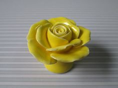 Rose Knobs / Flower Knobs Yellow / Shabby Chic Dresser Drawer Knobs / Unique Kitchen Cabinet Knobs Pulls Handles / Furniture Knob Hardware
