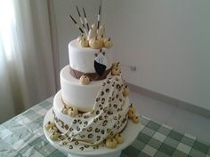 Zulu African Cake, African Theme, Zulu Traditional Wedding, Traditional Cakes, African Wedding Cakes, Themed Cakes, Cake Designs, Wedding Engagement, Wedding Decorations