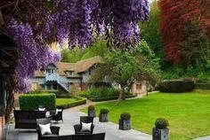 In der Normandie und in Honfleur erwartet Sie das prächtige Etablissement der Kette Relais & Châteaux: In der Ferme Saint-Siméon fanden schon die grössten impressionistischen Künstler ihre Inspiration. Erleben Sie mit Bontourism® die Kunst des Reisens.