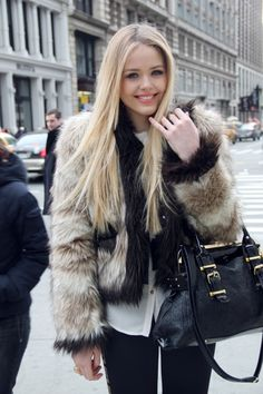 Look, I don't care about fur and who wears it, but this is overkill. Hats and maybe purses are about as far as it should go. Fur coats are for pimps. Are you a pimp honey bunches of oats?