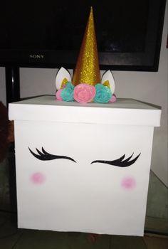 Caja de unicornio 🦄💖✨ Balloon Decorations, Birthday Decorations, Birthday Box, Happy Birthday, Exploding Gift Box, Surprise Box, Magic Box, Paper Crafts, Diy Crafts