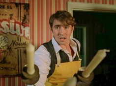 """Pushing Daisies """"Bittersweet"""" (1x08 ) - Ned The Piemaker defending himself with candles #funny #LeePace"""