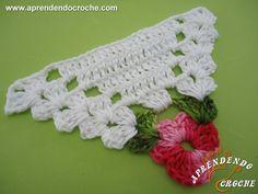Motivo Triângulo de Crochê Floral - Flores e Motivos - Aprendendo Croche Crochet Towel Topper, Crochet Bunting, Crochet Garland, Crochet Art, Crochet Motif, Crochet Doilies, Crochet Flowers, Crochet Triangle Pattern, Crochet Stitches Patterns