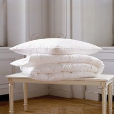 Yves Delorme Enlacer Vanille Throw 130x160 1 500 Liked