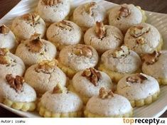Myslivecké knoflíky Brownie Cookies, Cookie Desserts, Sweet Desserts, Sweet Recipes, Cookie Recipes, Christmas Sweets, Christmas Cooking, Fitness Cake, Czech Recipes