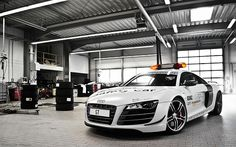 Audi #WantAnR8 with sirens.