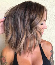 Beautiful balayage brown hair ideas, chocolate brown hair, brown hair, caramel hair color color hair The Effective Pictures We Offer You About christmas holidays A quality picture … Brown Ombre Hair, Brown Hair Balayage, Ombre Hair Color, Brown Hair Colors, Hair Highlights, Blonde Hair, Blonde Color, Short Hair Colors, Balyage Short Hair