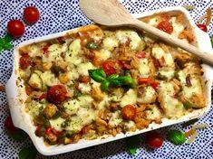 Mozzarella Pasta, Pesto Pasta, Caesar Pasta Salads, Caesar Salad, Fusilli, I Want To Eat, Cauliflower, Macaroni And Cheese, Favorite Recipes