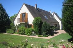 Charming property in the Loire Valley for rent in August). Swimming pool and luxuriant garden.    On airbnb : http://www.airbnb.com/rooms/348216?locale=en