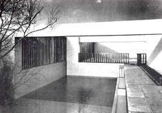 Detalle de la fachada posterior, Casa de Muestra en Fuentes 140, Jardines del Pedregal,  México, DF 1950   Arq. Max Cetto -  Detail of the rear of a house, Pedregal, Mexico City 1950