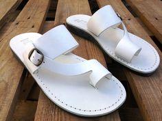 Black Sandals, Leather Sandals, Jesus Sandals, Black Jesus, Everyday Shoes, Me Too Shoes, Men's Shoes, Cow Leather, Thongs